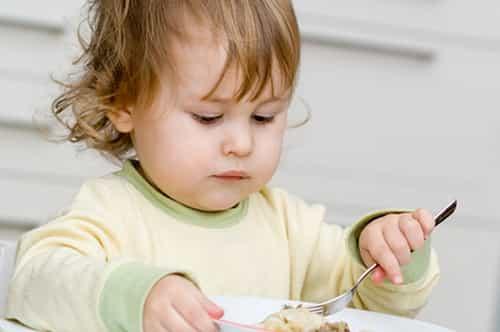 кормить ребенка